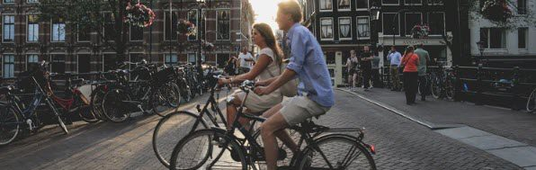 How to sell bikes online - couple on bike