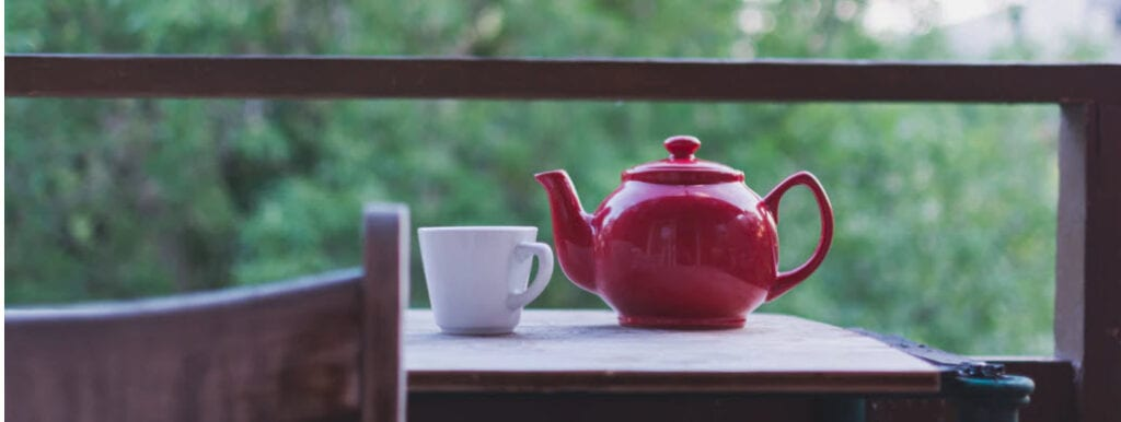 how to sell tea online - red tea pot
